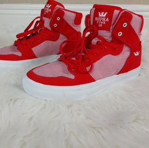 Supra red stripe youth sneakers
